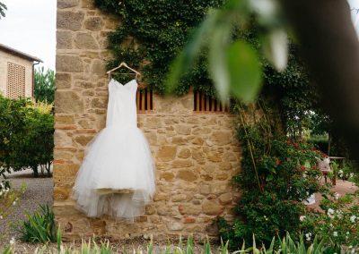 Early autumn intimate wedding