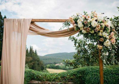 Stylish wedding in Tuscany
